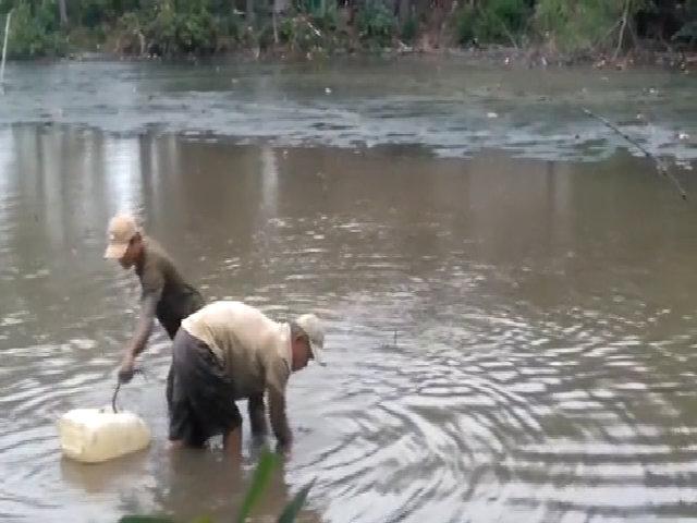Hai cao thủ thọc xuống bùn sâu bắt lịch ở Sài Gòn