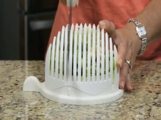 Làm salad cực dễ dàng