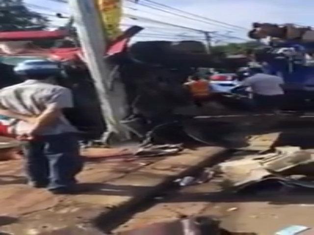 Xe container gặp nạn ''bay'' mất cabin tại Đắk Lắk