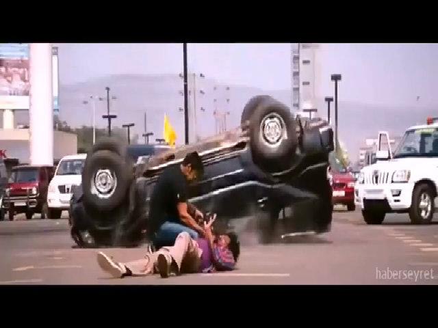 Cảnh sát Ấn Độ có sức mạnh của siêu nhân