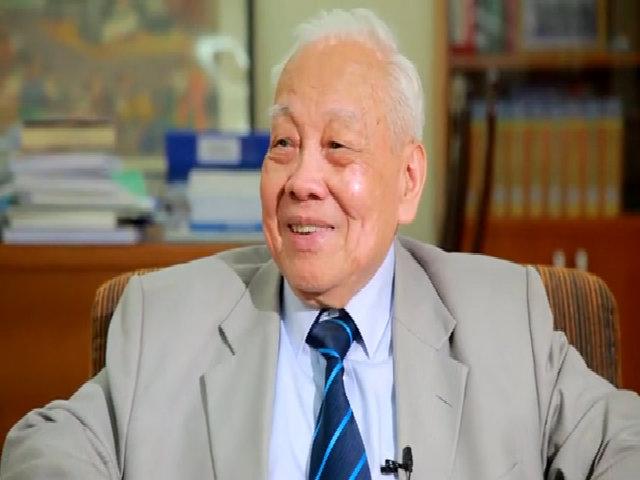Giáo sư Nguyễn Văn Hiệu chia sẻ về 5 nữ khoa học gia