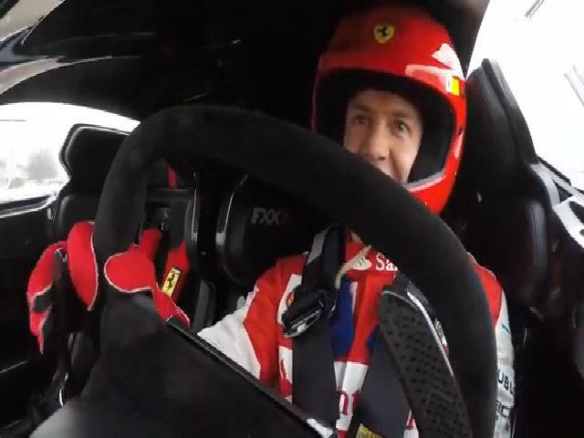 Sebastian Vettel lái siêu xe Ferrari FXX K