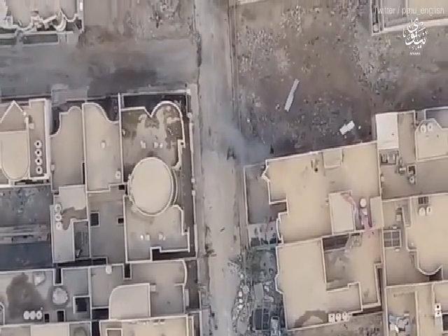 Lính Iraq hi sinh thân mình chặn xe bom IS cứu đồng đội