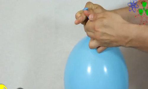 Bong bóng tạo âm thanh kèn hơi