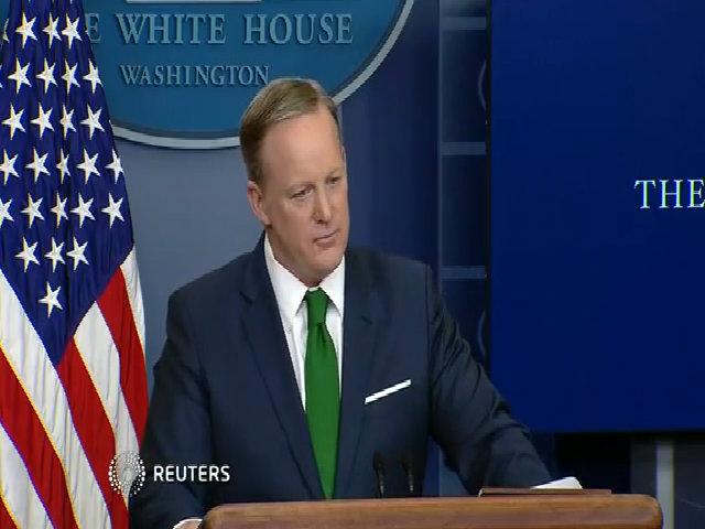 Nhà Trắng thông báo Trump vẫn giữ cáo buộc Obama nghe lén
