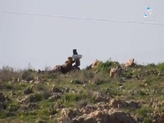 IS phóng tên lửa hạ liên tiếp hai thiết xa của Syria