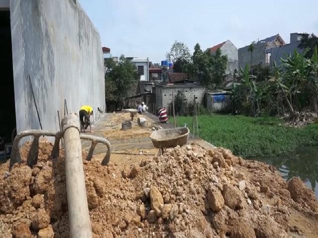Gia đình ở Thanh Hoá phát hiện hài cốt khi hút bể phốt xây nhà