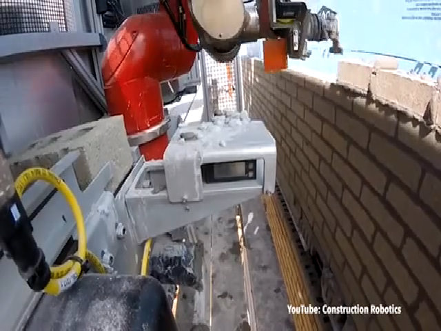 Robot xếp gạch xây tường nhanh gấp 6 lần thợ xây