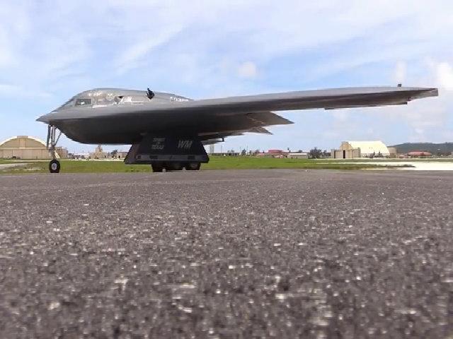Mỹ khoe khả năng của oanh tạc cơ tàng hình tương lai B-21