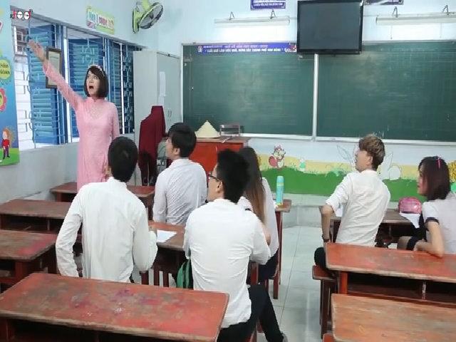 Cô giáo dạy tiếng Anh theo phong cách Thái Lan