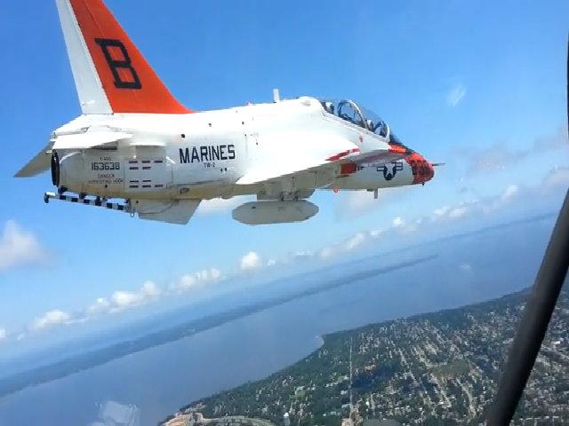 Phi công hải quân Mỹ đình công vì sợ ngạt thở khi bay