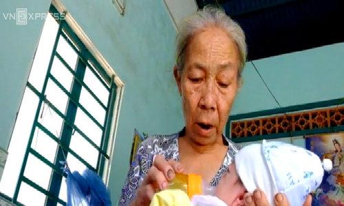 Bé sơ sinh có đôi mắt xanh kỳ lạ ở Đồng Nai