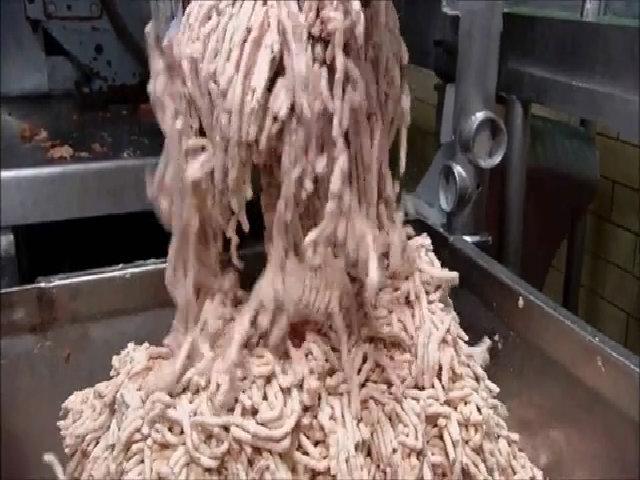 Quy trình sản xuất những thanh xúc xích