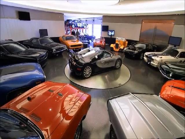 Garage siêu xe nằm trong lòng núi ở Mỹ