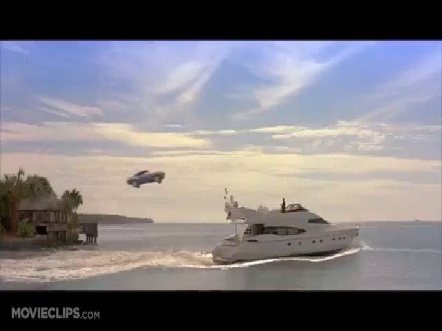 """Ôtô bay lên du thuyền trong """"Fast and Furious 2"""" (2003)"""
