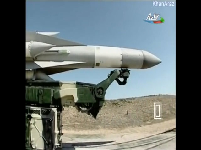Tên lửa S-200 khai hỏa