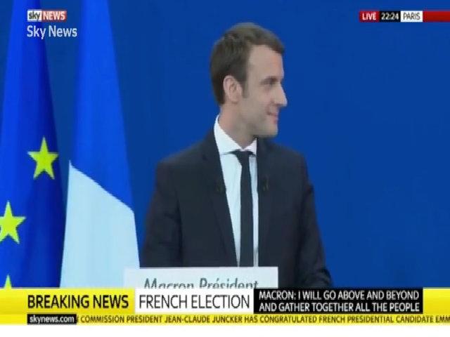 Người vợ khác biệt về tuổi của ứng viên tổng thống Pháp Macron