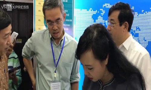 Phòng khám có bác sĩ Trung Quốc 'bát nháo' khi Bộ trưởng kiểm tra đột xuất