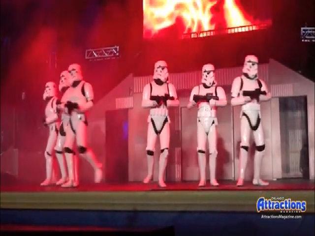 Khi biệt đội Star Wars trổ tài nhảy múa