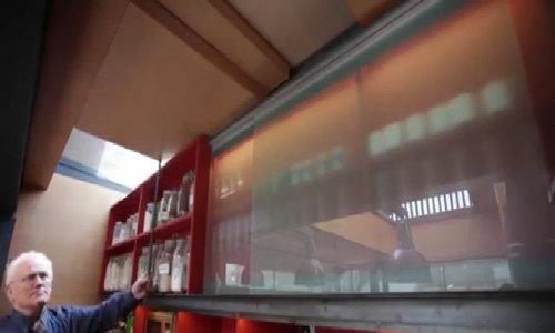 Ngôi nhà giản dị đoạt giải thưởng lớn vì chứa nhiều bí ẩn - Video Embed