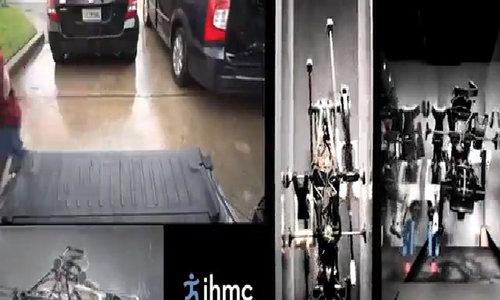 Robot chạy nhanh hơn cả nhà vô địch Olympic - Video Embed