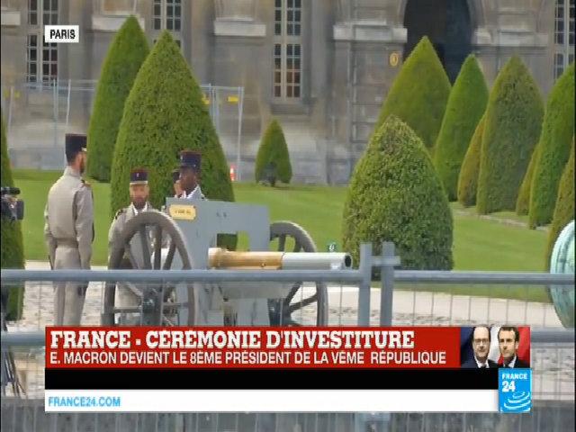 21 phát đại bác chào mừng tân Tổng thống Pháp