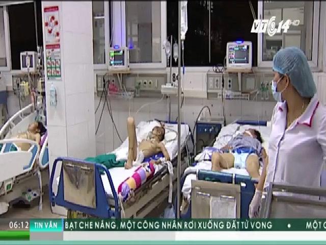 Nhập viện cấp cứu do tự ý sử dụng thuốc chữa bệnh