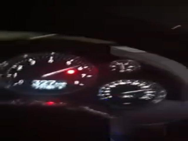 Bugatti Veyron đạt tốc độ 353 km/h trên Autobahn