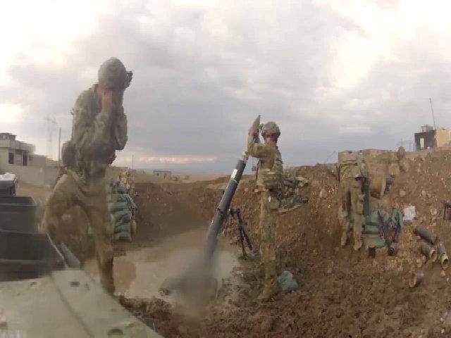 Đặc nhiệm Mỹ nã súng cối vào IS tại Syria
