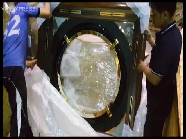 Máy đánh bạc tháo rời 'tuồn' lậu vào Việt Nam