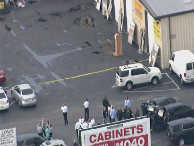 Xả súng tại trụ sở công ty Mỹ, 5 người chết