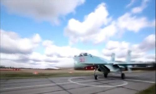Tiêm kích Nga xuất kích chặn máy bay Mỹ áp sát biên giới