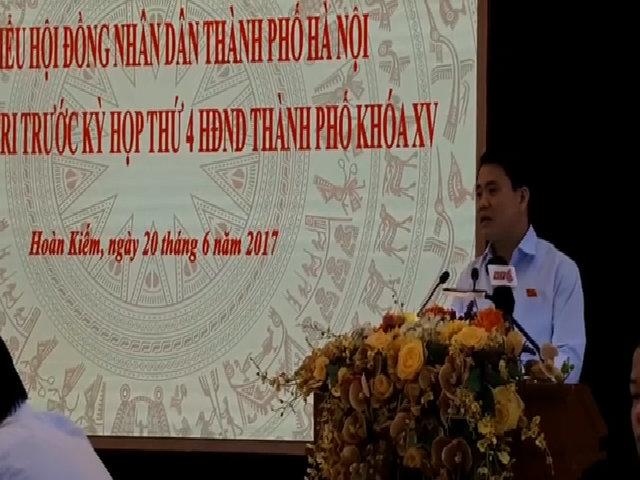 Video Chủ tịch Hà Nội nói về việc điều chuyển cây xà cừ