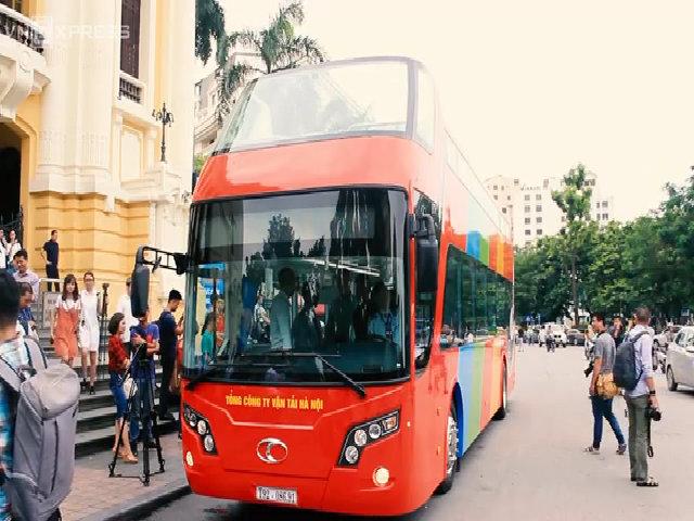 Xe bus 2 tầng chạy thử nghiệm tại Hà Nội