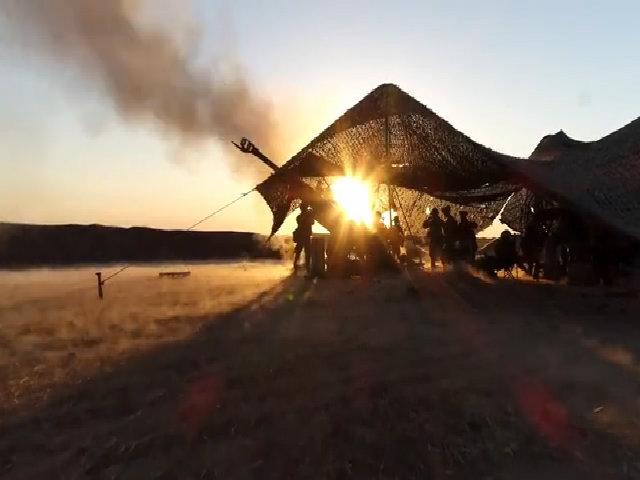 Thủy quân lục chiến Mỹ dội bão lửa xuống đầu IS