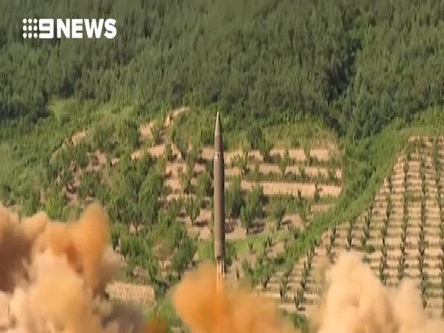 Triều Tiên công bố video phóng tên lửa Hwasong-14