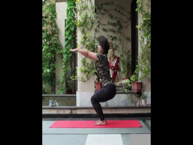Các động tác yoga tăng cường sức đề kháng cơ thể
