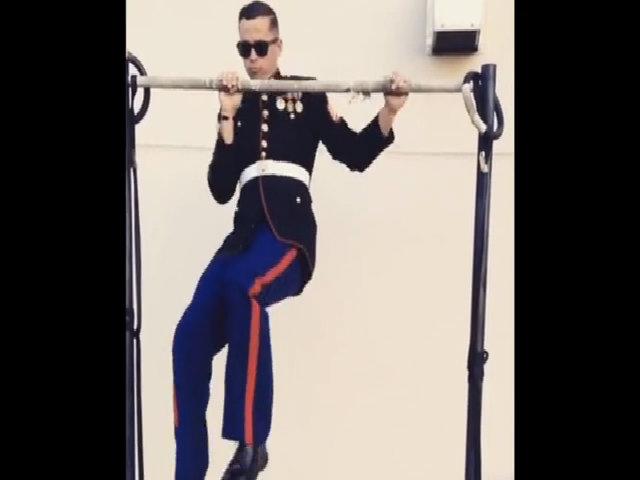 Màn tập luyện phô diễn sức mạnh của lính Mỹ