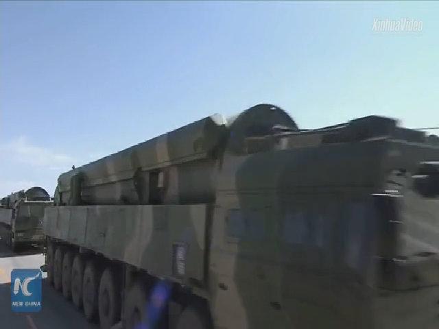Trung Quốc ra mắt tên lửa xuyên lục địa mới trong lễ duyệt binh