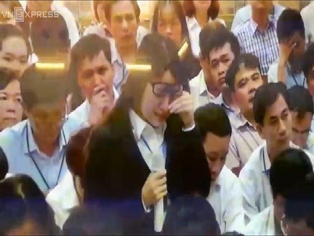 Cựu thư ký của Hà Văn Thắm khóc trong phiên tòa
