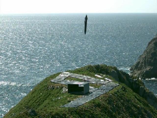 Khoảnh khắc tên lửa Hàn Quốc diệt mục tiêu mô phỏng hầm ngầm Triều Tiên