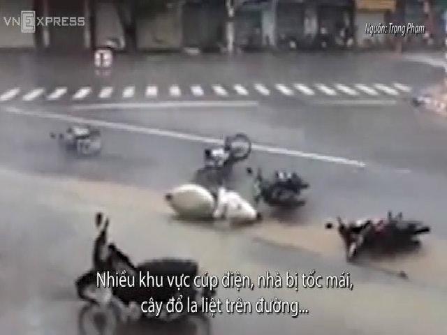 Bão Damrey hoành hành ở Khánh Hòa - Phú Yên (thay video)