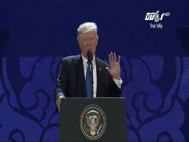 Tổng thống Mỹ Donald Trump phát biểu tại CEO Summit