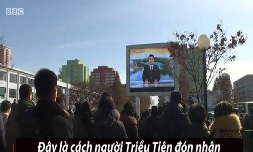 Người Triều Tiên vỗ tay hoan hô phóng thành công tên lửa