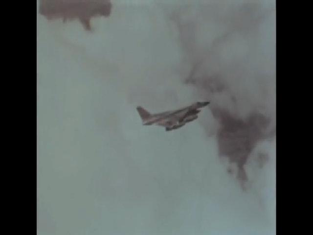 Siêu oanh tạc cơ bị vứt bỏ khi chưa kịp tham chiến của Mỹ