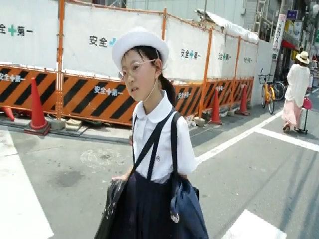 Trẻ em Nhật Bản đi học một mình từ nhỏ để rèn tính tự lập