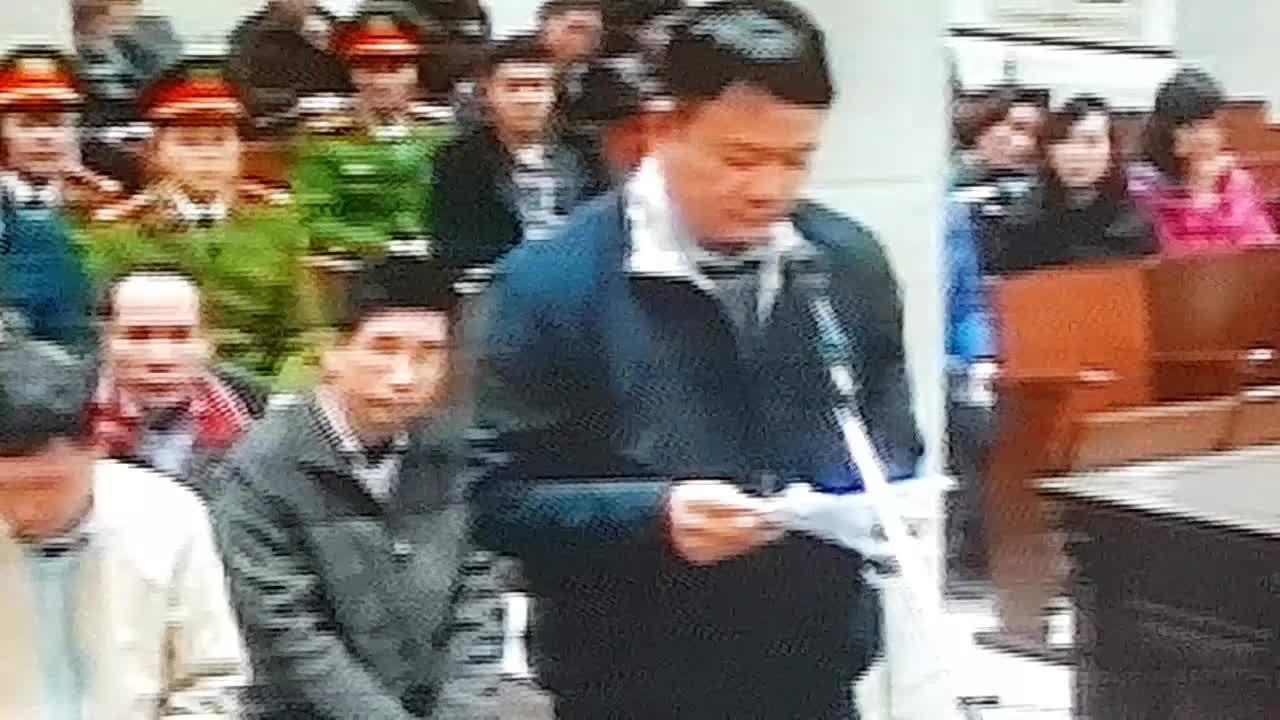 Ông Đinh La Thăng xin lỗi tới toàn thể người dân