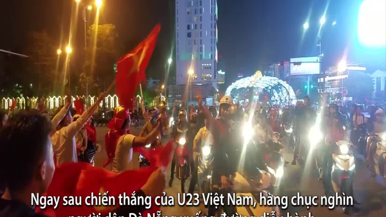 Hàng chục nghìn người Đà Nẵng xuống đường ăn mừng chiến thắng