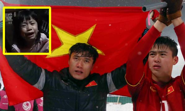 Fan nhí khóc nức nở vì U23 Việt Nam thua trận chung kết
