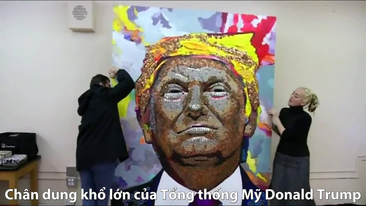 Nghệ sĩ Ukraine ghép hằng trăm xu khắc họa Trump